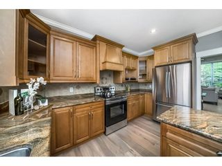 """Photo 8: 14927 35 Avenue in Surrey: Morgan Creek House for sale in """"Rosemary Heights"""" (South Surrey White Rock)  : MLS®# R2278185"""