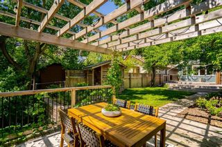Photo 39: 902 Palmerston Avenue in Winnipeg: Wolseley Residential for sale (5B)  : MLS®# 202114363