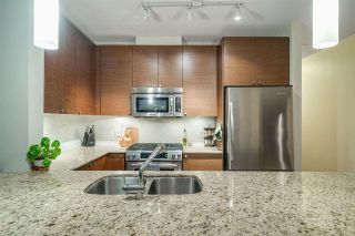 "Photo 6: 1406 400 CAPILANO Road in Port Moody: Port Moody Centre Condo for sale in ""ARIA II"" : MLS®# R2384132"