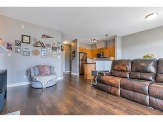 """Photo 5: 404 2330 WILSON Avenue in Port Coquitlam: Central Pt Coquitlam Condo for sale in """"SHAUGHNESSY WEST"""" : MLS®# R2588872"""