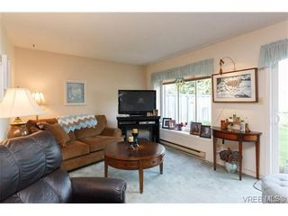 Photo 3: 1 515 Mount View Ave in VICTORIA: Co Hatley Park Row/Townhouse for sale (Colwood)  : MLS®# 664892