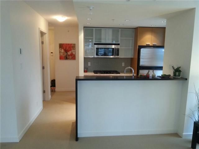 Photo 4: Photos: : Condo for sale : MLS®# V1085782