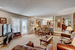 Photo 8: 23 CEDARBROOK Close SW in Calgary: Cedarbrae Detached for sale : MLS®# C4247711