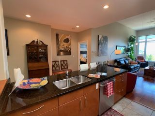"Photo 17: 10 5780 TRAIL Avenue in Sechelt: Sechelt District Condo for sale in ""Tradewinds"" (Sunshine Coast)  : MLS®# R2476578"