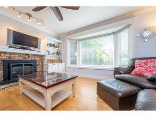Photo 4: 9488 213 Street in Langley: Walnut Grove House for sale : MLS®# R2169405
