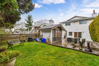 "Photo 40: 942 PARKER Street: White Rock House for sale in ""EAST BEACH"" (South Surrey White Rock)  : MLS®# R2447986"