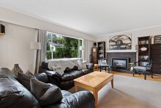 Photo 2: 33409 AVONDALE Avenue in Abbotsford: Central Abbotsford House for sale : MLS®# R2616656