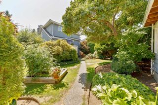 Photo 35: 4313 VICTORY Street in Burnaby: South Slope House for sale (Burnaby South)  : MLS®# R2607922