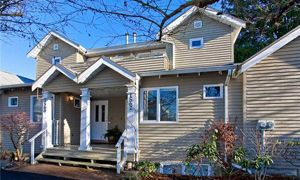 Photo 1: 1560 Bowser Ave in North Vancouver: Norgate Townhouse for sale : MLS®# V983784