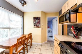 """Photo 11: 129 332 LONSDALE Avenue in North Vancouver: Lower Lonsdale Condo for sale in """"CALYPSO"""" : MLS®# R2295234"""