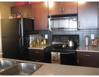 "Photo 3: 1105 933 HORNBY Street in Vancouver: Downtown VW Condo for sale in ""ELECTRIC AVENUE"" (Vancouver West)  : MLS®# V782964"