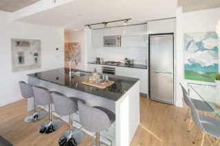 """Photo 4: 2309 108 W CORDOVA Street in Vancouver: Downtown VW Condo for sale in """"WOODWARDS W32"""" (Vancouver West)  : MLS®# R2146313"""