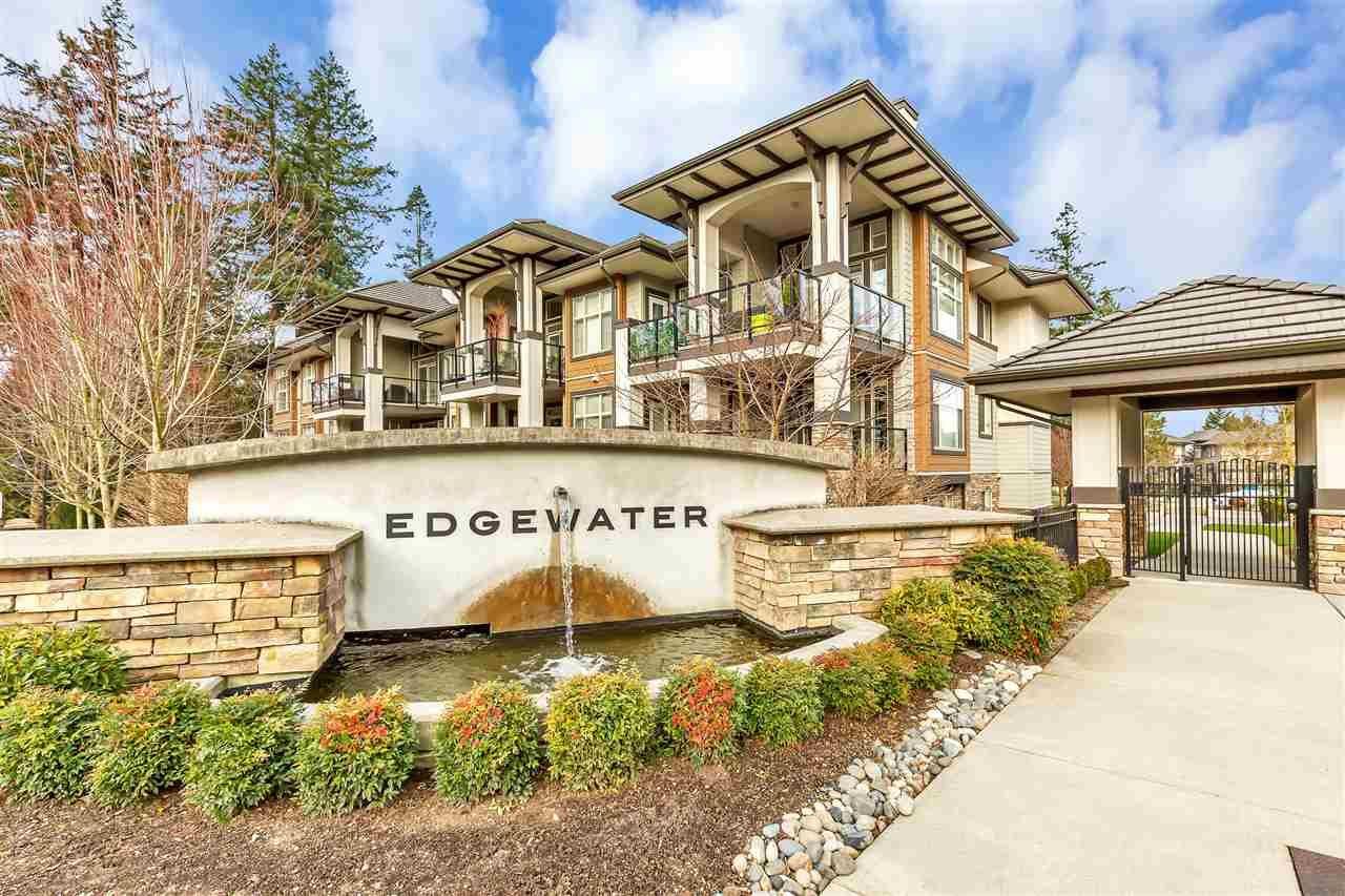 "Main Photo: 303 15195 36 Avenue in Surrey: Morgan Creek Condo for sale in ""Edgewater"" (South Surrey White Rock)  : MLS®# R2537023"