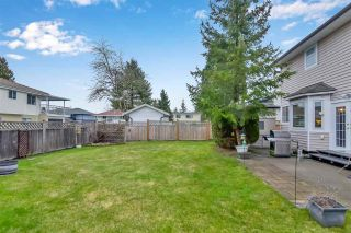 "Photo 5: 15561 94 Avenue in Surrey: Fleetwood Tynehead House for sale in ""BERKSHIRE PARK"" : MLS®# R2546208"