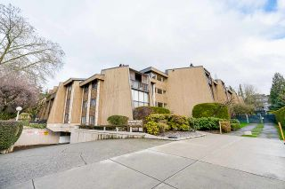 """Photo 17: 114 9101 HORNE Street in Burnaby: Government Road Condo for sale in """"WOODSTONE PLACE"""" (Burnaby North)  : MLS®# R2532385"""