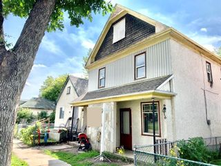 Photo 2: 714 Pritchard Avenue in Winnipeg: North End Residential for sale (4A)  : MLS®# 202123222