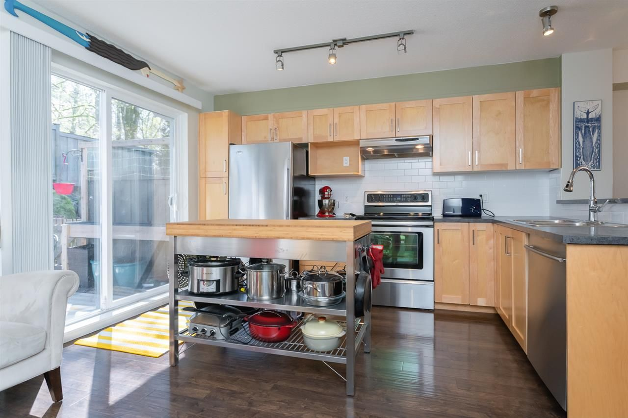 """Main Photo: 111 15155 62A Avenue in Surrey: Sullivan Station Townhouse for sale in """"Oaklands"""" : MLS®# R2359518"""