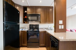 """Photo 9: 513 950 DRAKE Street in Vancouver: Downtown VW Condo for sale in """"ANCHOR POINT"""" (Vancouver West)  : MLS®# R2557103"""