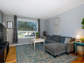 Photo 3: 21 4360 58 Street NE in Calgary: Temple Row/Townhouse for sale : MLS®# A1123452