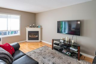 Photo 3: A 2143 Mission Rd in : CV Courtenay East Half Duplex for sale (Comox Valley)  : MLS®# 851138