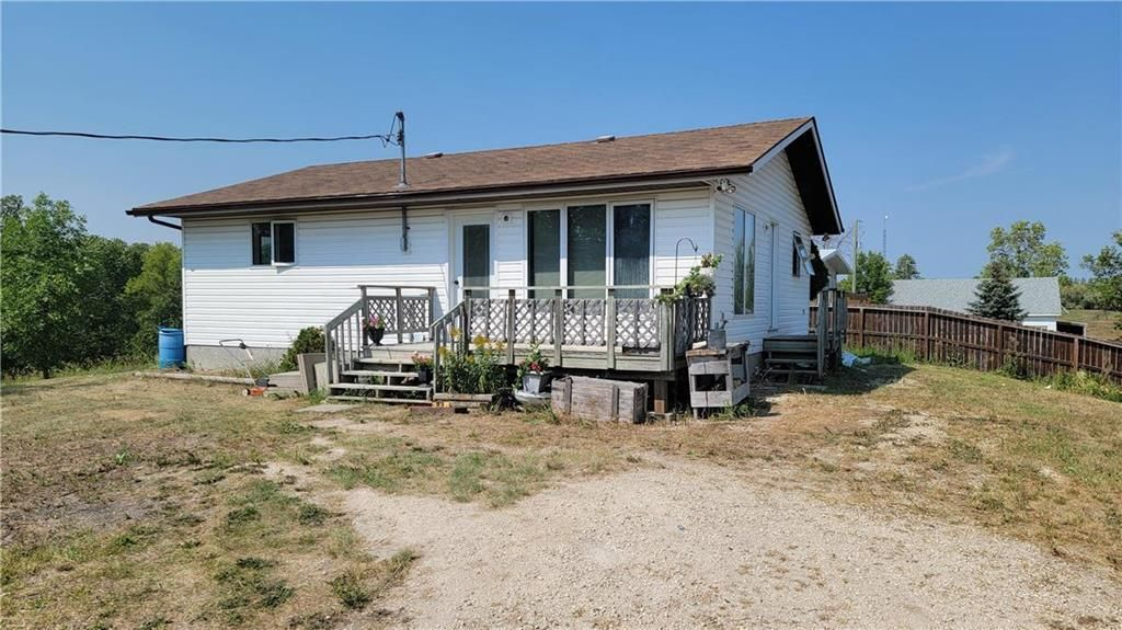 Main Photo: 2182 PR 200 Road in St Adolphe: R07 Residential for sale : MLS®# 202120028