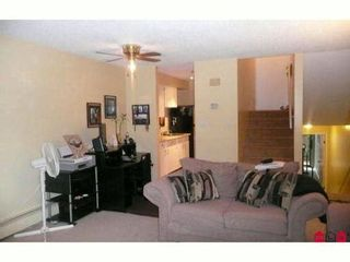 """Photo 5: 7 17700 60TH Avenue in Surrey: Cloverdale BC Condo for sale in """"Clover Park Gardens"""" (Cloverdale)  : MLS®# F1209102"""
