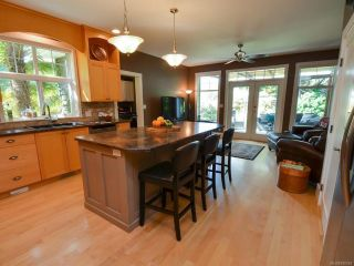 Photo 13: 564 Belyea Pl in QUALICUM BEACH: PQ Qualicum Beach House for sale (Parksville/Qualicum)  : MLS®# 788083
