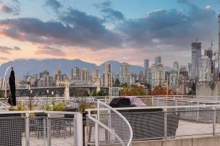 """Photo 28: PH610 1540 W 2ND Avenue in Vancouver: False Creek Condo for sale in """"The Waterfall Building"""" (Vancouver West)  : MLS®# R2580752"""