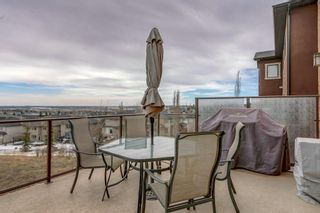 Photo 15: 38 Elmont Estates Manor SW in Calgary: Springbank Hill Detached for sale : MLS®# C4293332