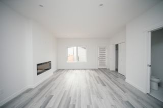 Photo 29: 10715 66 Avenue in Edmonton: Zone 15 House Half Duplex for sale : MLS®# E4255485