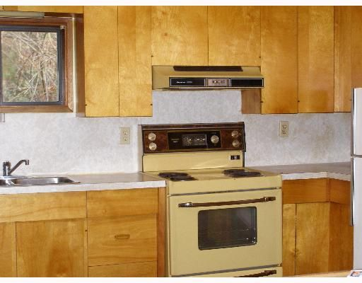 """Photo 5: Photos: 496 CENTRAL Avenue in Gibsons: Gibsons & Area House for sale in """"GRANTHAMS LANDING"""" (Sunshine Coast)  : MLS®# V622835"""