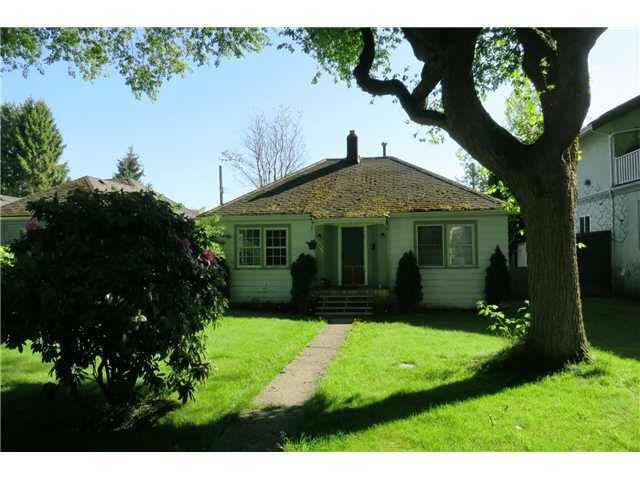 Main Photo: 2051 HANDLEY AVENUE in : Sea Island House for sale : MLS®# V1007557