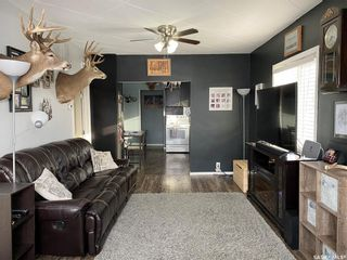 Photo 3: 825 2nd Avenue in Raymore: Residential for sale : MLS®# SK841222