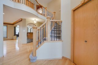 Photo 3: 227 LINDSAY Crescent in Edmonton: Zone 14 House for sale : MLS®# E4265520