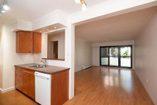 """Photo 4: 306 1855 NELSON Street in Vancouver: West End VW Condo for sale in """"West Park"""" (Vancouver West)  : MLS®# R2588720"""