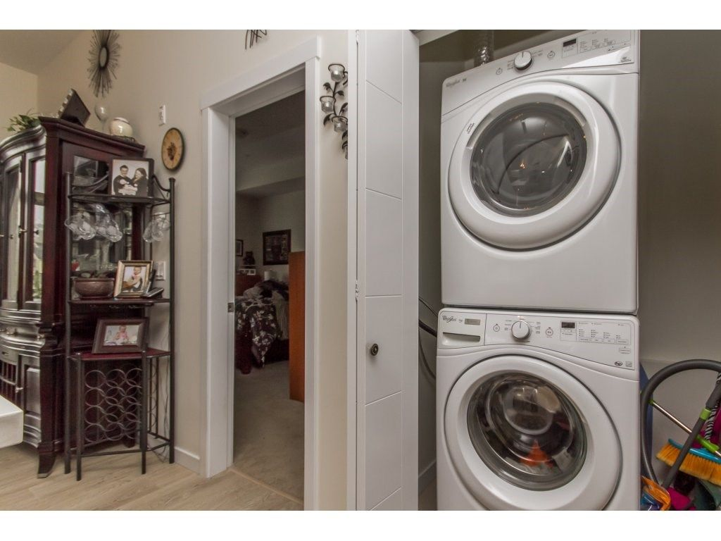 """Photo 17: Photos: 212 19201 66A Avenue in Surrey: Clayton Condo for sale in """"One92"""" (Cloverdale)  : MLS®# R2112521"""