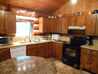 Photo 6: 7635 Mountain Drive in Anglemont: North Shuswap House for sale (Shuswap)  : MLS®# 10051750