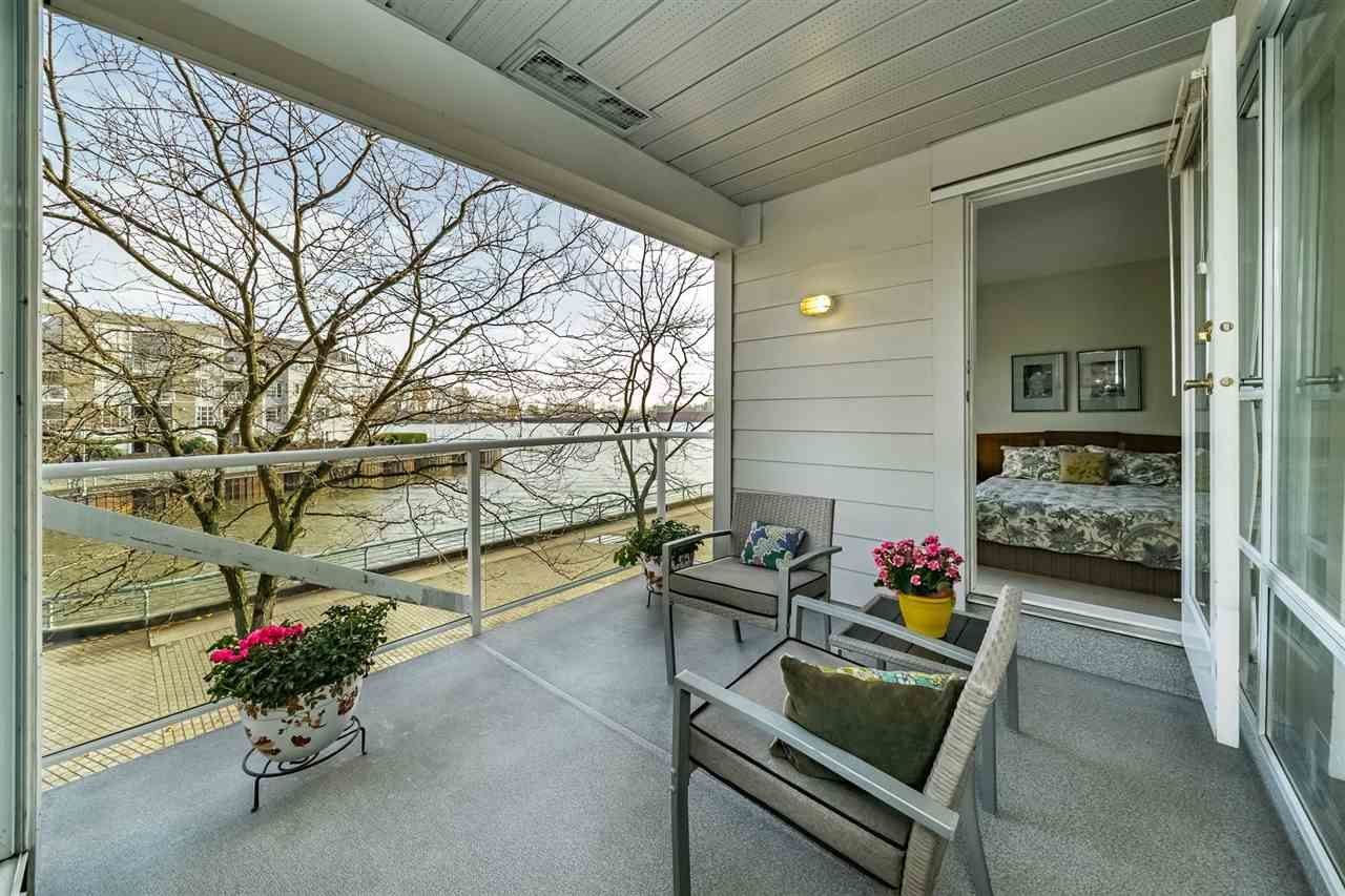"Main Photo: 210 1990 S KENT Avenue in Vancouver: South Marine Condo for sale in ""Harbour House at Tugboat Landing"" (Vancouver East)  : MLS®# R2503049"