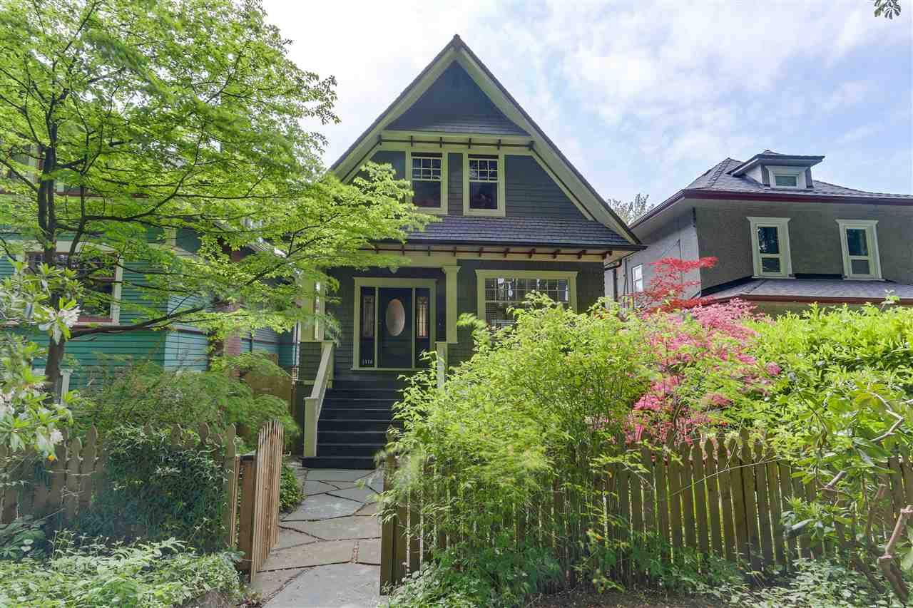 Main Photo: 1416 - 1418 E 10TH Avenue in Vancouver: Grandview VE House for sale (Vancouver East)  : MLS®# R2271062