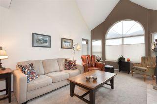 """Photo 7: 304 1466 PEMBERTON Avenue in Squamish: Downtown SQ Condo for sale in """"MARINA ESTATES"""" : MLS®# R2233193"""
