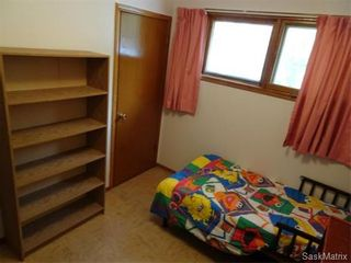 Photo 13: 14 OTTAWA Place in Regina: Churchill Downs Single Family Dwelling for sale (Regina Area 03)  : MLS®# 589785