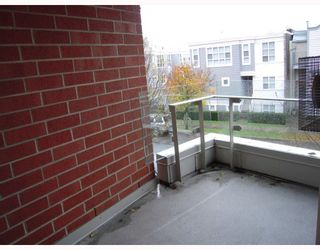 """Photo 10: 204 638 W 7TH Avenue in Vancouver: Fairview VW Condo for sale in """"OMEGA CITY HOMES"""" (Vancouver West)  : MLS®# V798898"""