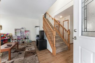 Photo 2: 15 River Rock Manor in Calgary: Riverbend Detached for sale : MLS®# A1044163