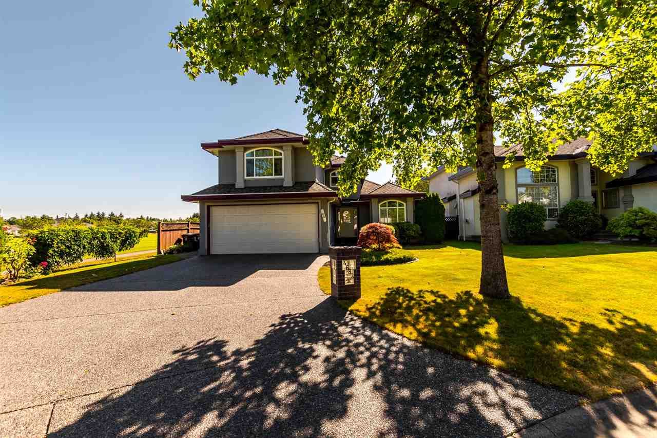 """Main Photo: 4682 218A Street in Langley: Murrayville House for sale in """"Murrayville"""" : MLS®# R2192414"""