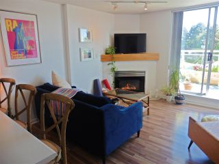 """Photo 5: 403 1978 VINE Street in Vancouver: Kitsilano Condo for sale in """"THE CAPERS BUILDING"""" (Vancouver West)  : MLS®# R2593406"""