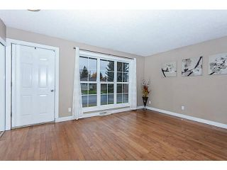 Photo 3: 16 ARBOUR Crescent SE in Calgary: Acadia Residential Detached Single Family for sale : MLS®# C3640251