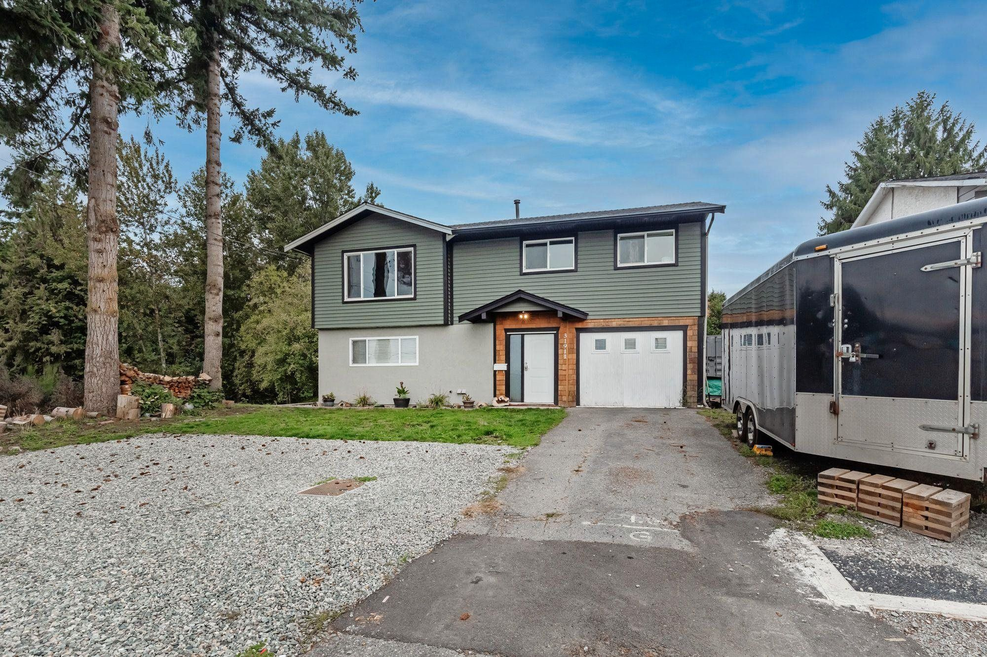 Main Photo: 31911 RAVEN Avenue in Mission: Mission BC House for sale : MLS®# R2624286