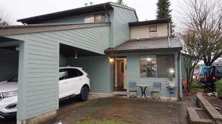 "Photo 1: 25 20653 THORNE Avenue in Maple Ridge: Southwest Maple Ridge Townhouse for sale in ""THORNEBERRY GARDENS"" : MLS®# R2224503"