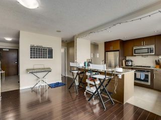 """Photo 5: 1801 2978 GLEN Drive in Coquitlam: North Coquitlam Condo for sale in """"GRAND CENTRAL ONE"""" : MLS®# R2553791"""