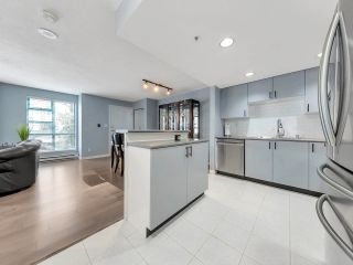 """Photo 11: 933 HOMER Street in Vancouver: Yaletown Townhouse for sale in """"THE PINNACLE"""" (Vancouver West)  : MLS®# R2562224"""